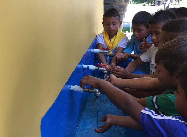 Improving the Aqueduct System of the Yachaikury Indigenous School